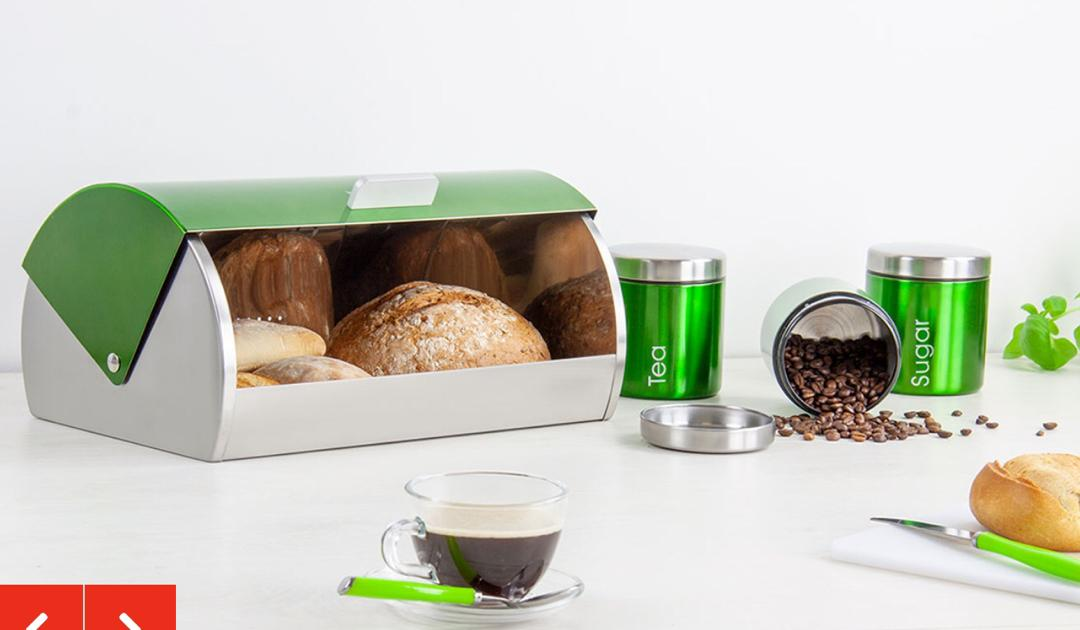 BREAD BIN AND CANISTERS SET.